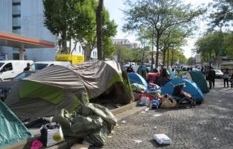 515x330_tentes-font-plus-plus-nombreuses-porte-saint-ouen-o-syriens-trouve-refuge