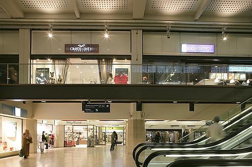 Gare de Paris-Est (fév. 2008) - Restructuration de la gare; Architectes: J-M Duthilleul, F. Bonnefille, E. Tricaud