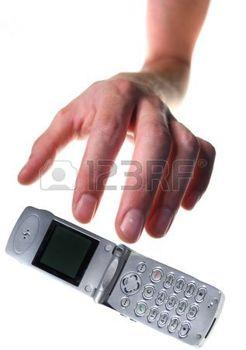 5782025-vol-de-t-l-phone-portable-main-voler-t-l-phone-cellulaire-ou-de-chute-il-isol-sur-fond-blanc