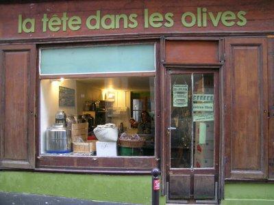 780-tete-dans-les-olives-la.jpg
