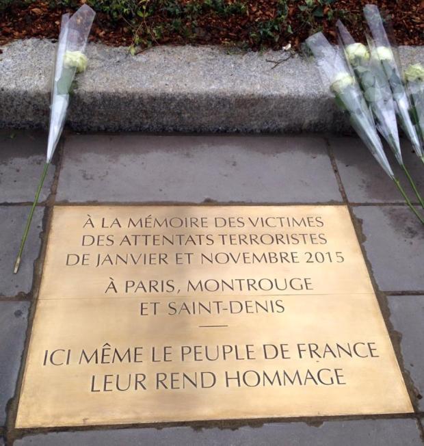 République plaque commémorative