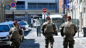 des-soldats-de-l-operation-sentinelle-a-bordeaux-le-18-juillet-2016_5639507
